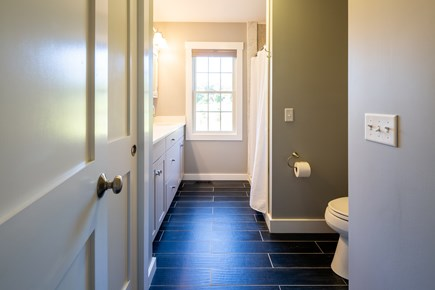 Chatham Cape Cod vacation rental - Second floor full bathroom with tub/shower combo