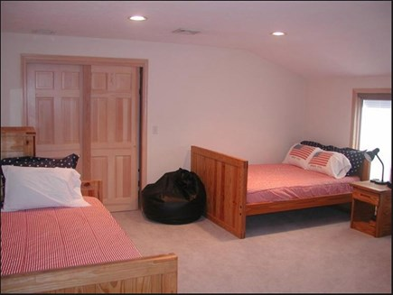 East Falmouth Cape Cod vacation rental - Double bed, Twin bed and futon makes great place for all the kids