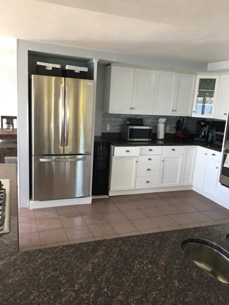 Bourne, Buzzards Bay Cape Cod vacation rental - Brand new stainless steel appliances, fully stocked kitchen