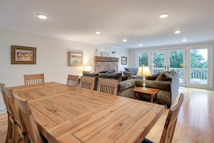Chatham Cape Cod vacation rental - Spacious dining table