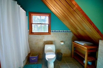Eastham Cape Cod vacation rental - Garage loft full bathroom with tub/shower combo