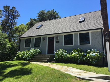 Harwich Port Cape Cod vacation rental - Cape Cod Charmer. Centrally located to all major roads.