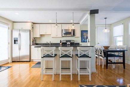 Provincetown Cape Cod vacation rental - Breakfast Bar