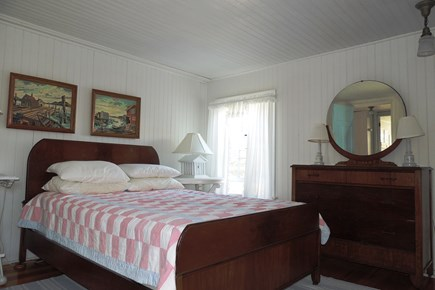 Harwich Port Cape Cod vacation rental - Bedroom 1 with Queen Bed and lovely furnishings