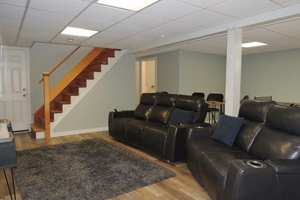 Harwich Port Cape Cod vacation rental - Comfortable reclining leather furniture
