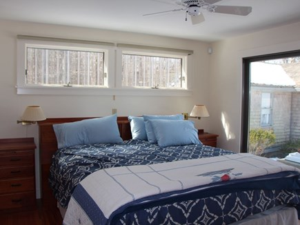 Bourne, Pocasset Cape Cod vacation rental - Beautifully appointed master with views of the water.