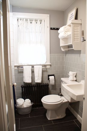 Centerville Centerville vacation rental - Bathroom with tub in great shape, and hand held shower.