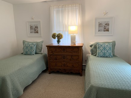 Chatham Cape Cod vacation rental - Ocean Room with 2 twin beds