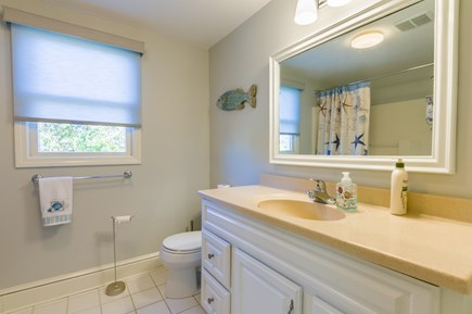 Sandwich Cape Cod vacation rental - Bath w/tub & shower