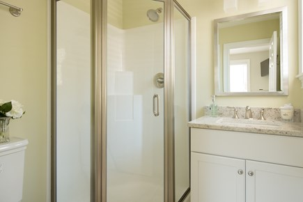 Dennis, Bass River Cape Cod vacation rental - First Floor private bathroom off bedroom suite