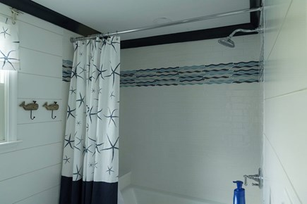 Hyannis Cape Cod vacation rental - Full bath