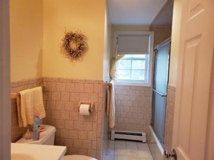 Popponesset Cape Cod vacation rental - Full bath