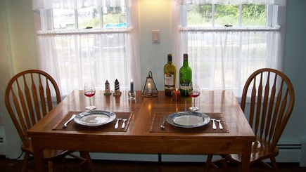 Provincetown, Bull Ring Wharf Oceanfront Cape Cod vacation rental - Dining area (6 chairs and table is expandable)