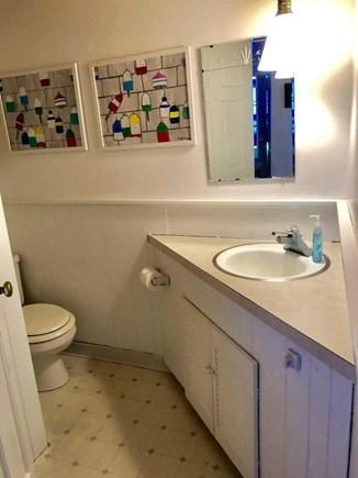 Dennis Port Cape Cod vacation rental - 2nd Full Bathroom