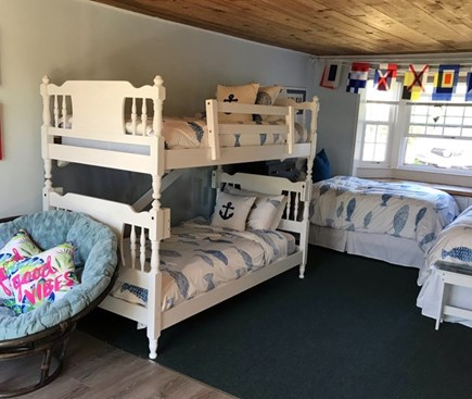 Dennis Port Cape Cod vacation rental - Roomy Studio / Bedroom with 2 Single beds and bunk beds.