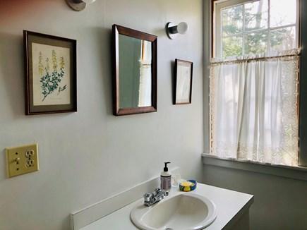 Wellfleet Cape Cod vacation rental - First Floor bathroom