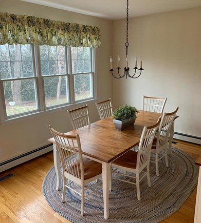 Mashpee, Popponesset Beach Cape Cod vacation rental - Lovely dining room