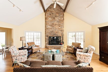 New Seabury New Seabury vacation rental - Living Room & Fireplace