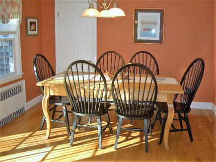 Yarmouth Port Cape Cod vacation rental - Farmers table seats 6