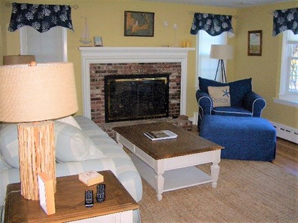 Yarmouth Port Cape Cod vacation rental - Fireplace living room