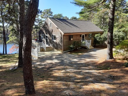 Falmouth Cape Cod vacation rental - Charming pondfront cottage