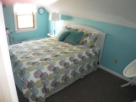 Harwich, Waterfront Quiet Cape Cod vacation rental - Upstairs Queen Bedroom