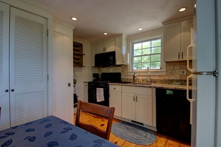 Hyannisport Cape Cod vacation rental - Fully equipped kitchen