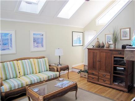 New Seabury (Mashpee) New Seabury vacation rental - Bright, spacious living room with skylights. Plasma.