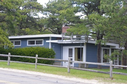 South Wellfleet Cape Cod vacation rental - Surf King cottage