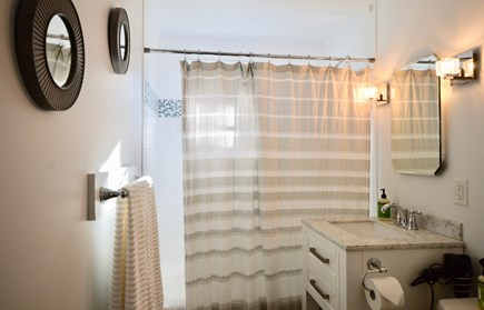 Chatham Cape Cod vacation rental - Full bathroom with tub/shower on the first floor