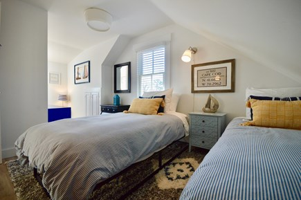 Chatham Cape Cod vacation rental - Second floor twin room with reading nook
