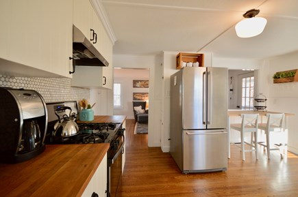 Chatham Cape Cod vacation rental - Well-stocked farmhouse kitchen with stainless steel appliances