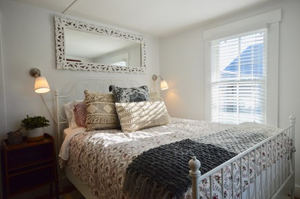 Chatham Cape Cod vacation rental - First floor queen bedroom