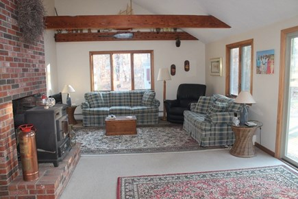 Eastham, 3961 - Thumpertown Cape Cod vacation rental - Living Room