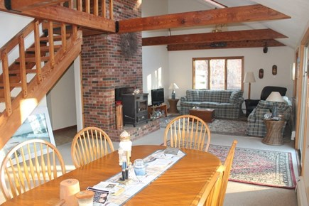 Eastham, 3961 - Thumpertown Cape Cod vacation rental - Combo living room and dining area