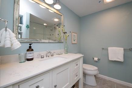 Cotuit Cotuit vacation rental - Guest Bathroom