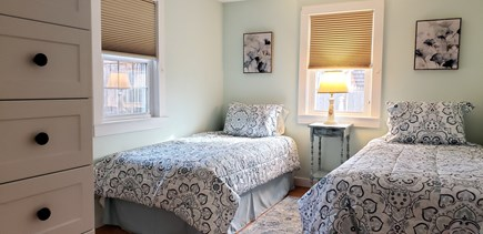 West Dennis (near West Dennis  Cape Cod vacation rental - Twin bedroom