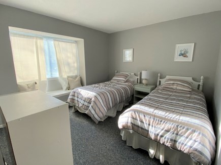 Brewster, Ocean Edge Condo  Cape Cod vacation rental - Bedroom with Twin Beds