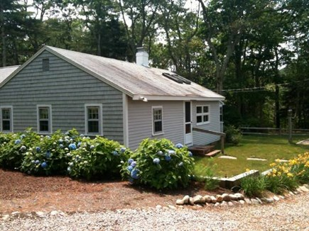 Harwich, Pleasant Lake Cape Cod vacation rental - Charming 3-bedroom cottage