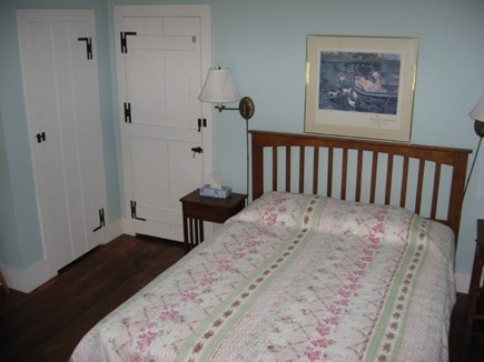 Harwich, Pleasant Lake Cape Cod vacation rental - Queen bedroom