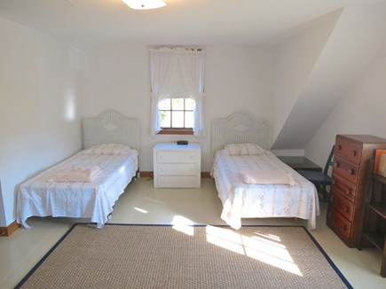 Brewster Cape Cod vacation rental - Bedroom with twins