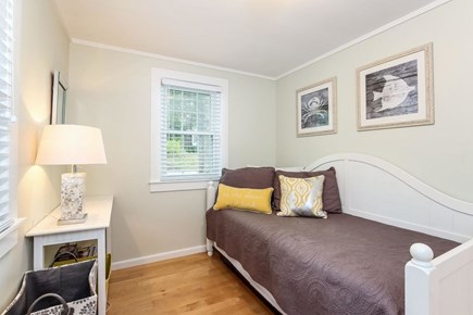 Mashpee, Popponesset Cape Cod vacation rental - Bedroom #3 daybed with trundle.