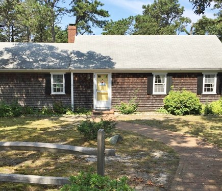 South Chatham Cape Cod vacation rental - Full front picture