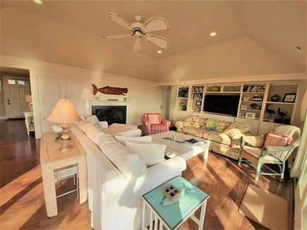 Hyannis Cape Cod vacation rental - LARGE flat screen TV in Great Room