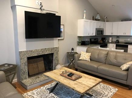 Yarmouth, Lewis Bay Cape Cod vacation rental - Living room