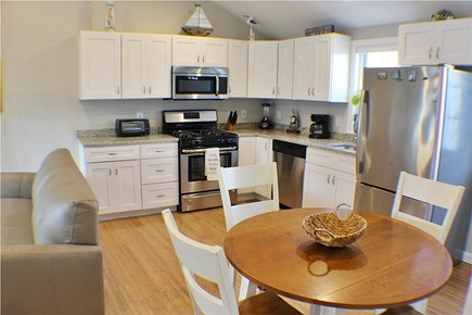 Yarmouth, Lewis Bay Cape Cod vacation rental - Dining room and kitchen