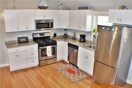 Yarmouth, Lewis Bay Cape Cod vacation rental - Kitchen