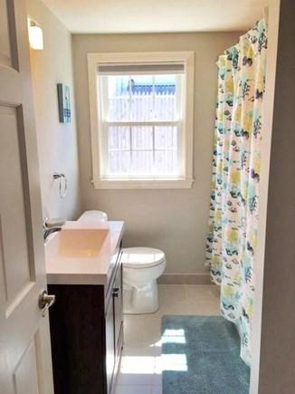 Yarmouth, Lewis Bay Cape Cod vacation rental - Bathroom