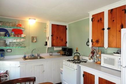 Harwich, Campground Cape Cod vacation rental - Bright Kitchen