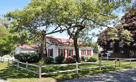 Harwich, Campground Cape Cod vacation rental - Adorable Beach Cottage